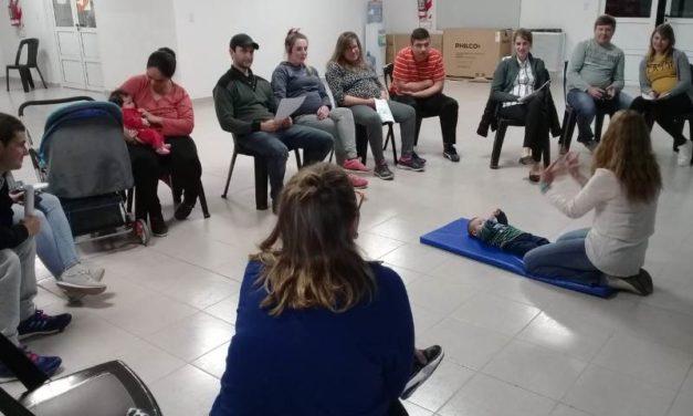 COMIENZAN LAS CHARLAS DE MATERNIDAD, LACTANCIA Y FAMILIA