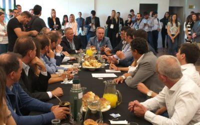 FIRMAMOS UN PRINCIPIO DE 'COMPROMISO CIUDAD VERDE' CON BUENOS AIRES