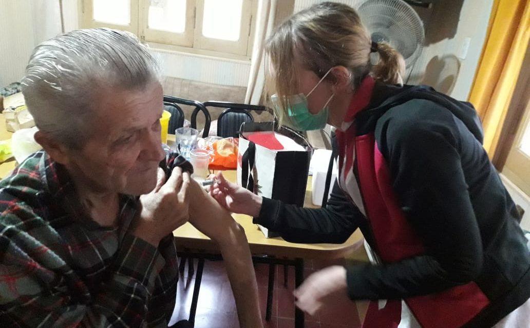 VACUNACIÓN ANTIGRIPAL A PERSONAS CON DIFICULTADES PARA SALIR DE SUS DOMICILIOS