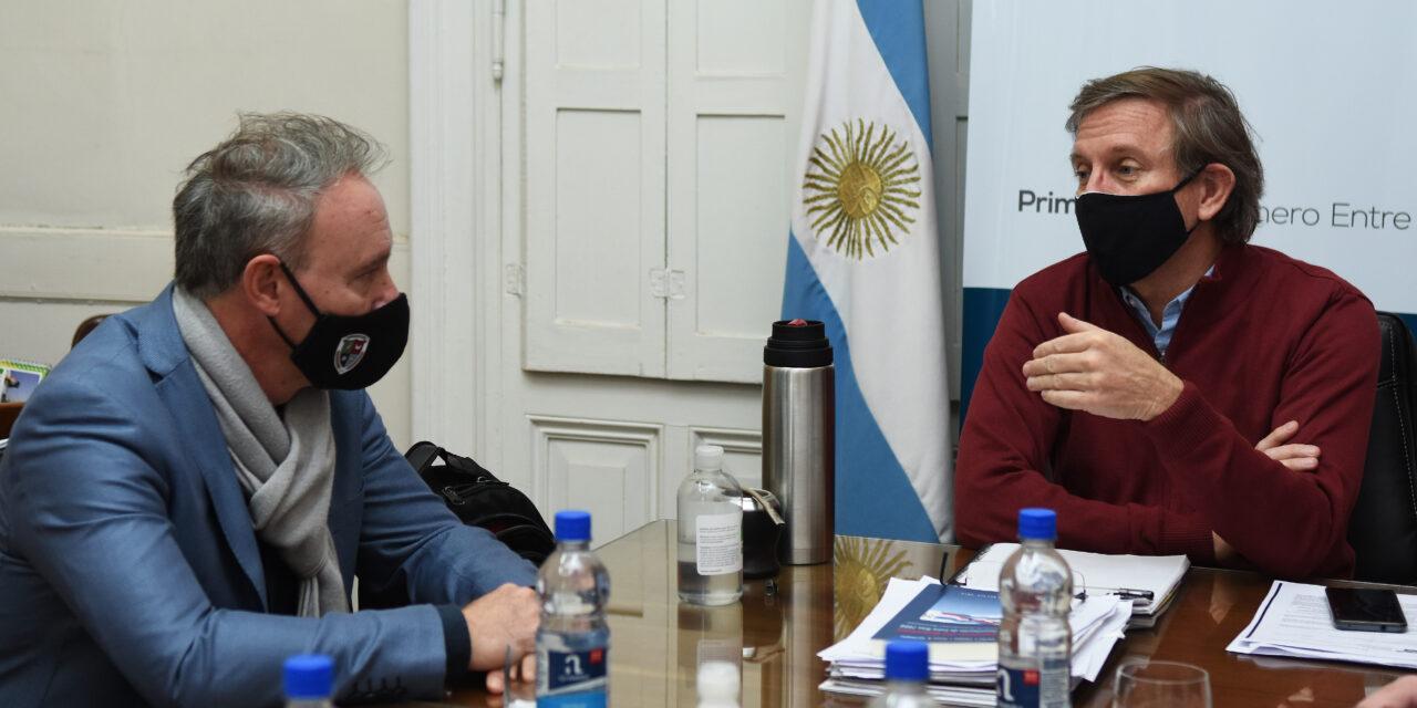 CON EL EJE EN LA ACTIVIDAD PRODUCTIVA INDUSTRIAL DE CRESPO, DARÍO SCHNEIDER SE REUNIÓ CON EL MINISTRO BAHILLO